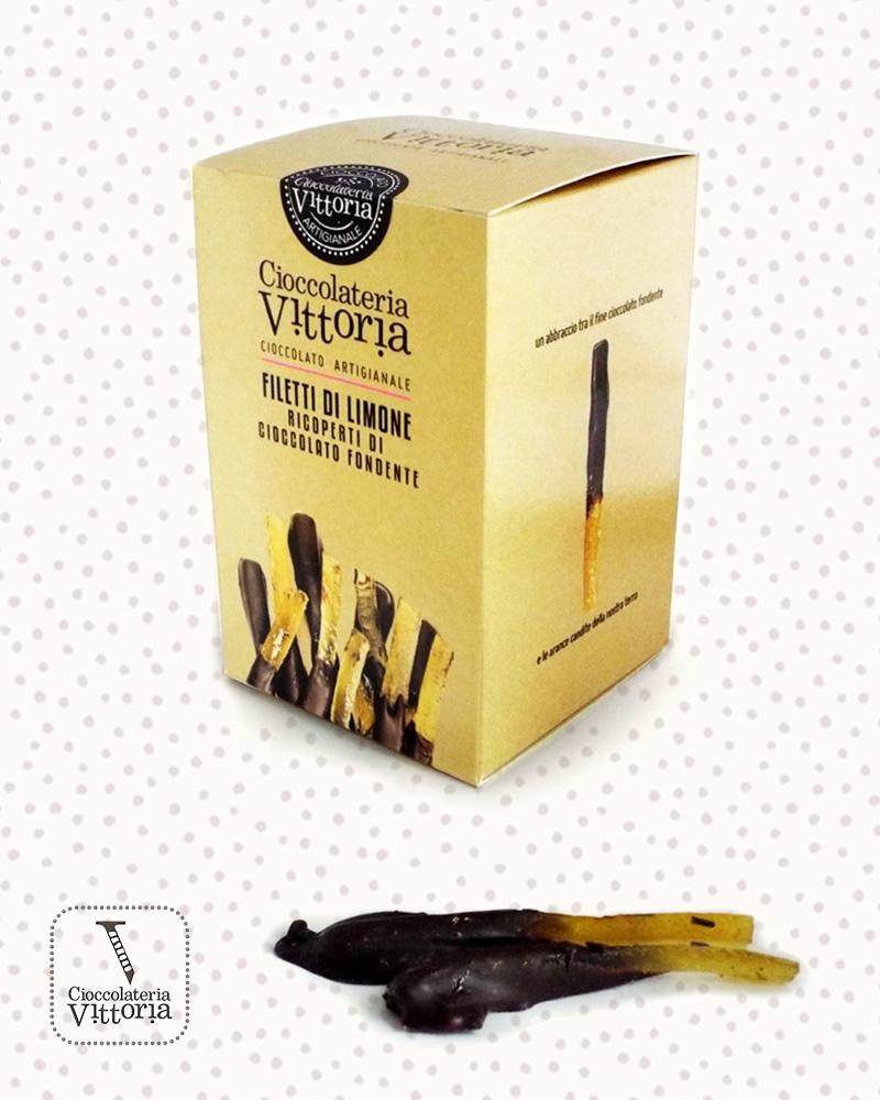 Cioccolato |Filetti di limone ricoperti di cioccolato fondente
